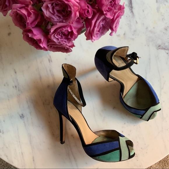 Zara colorblock heels size 6 worn a few times 💚💙